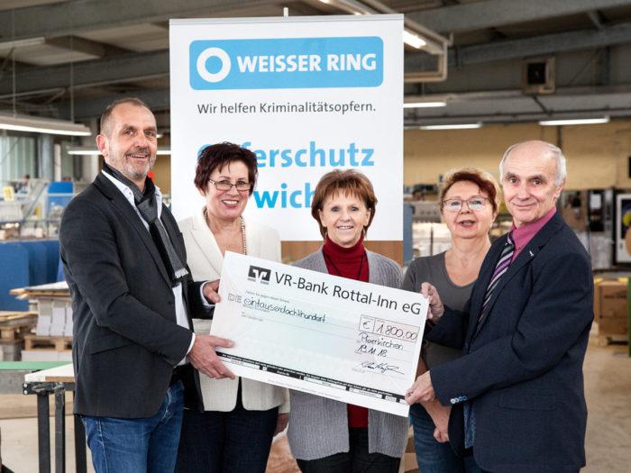 Spende von 1.800,00 € an Weisser Ring e.V.